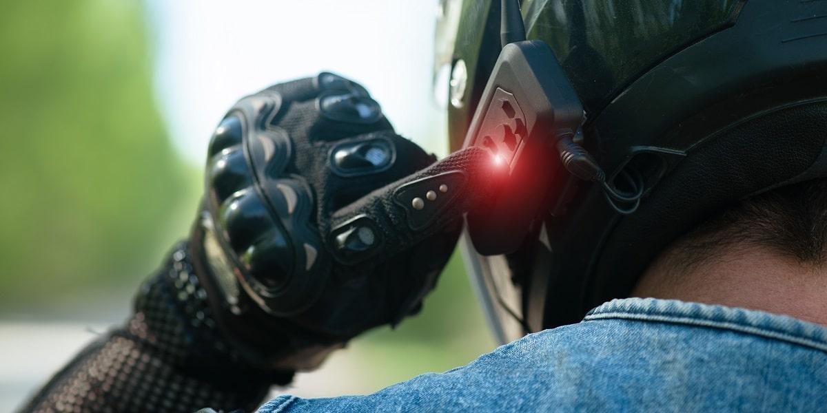 intercom on motorcycle helmet
